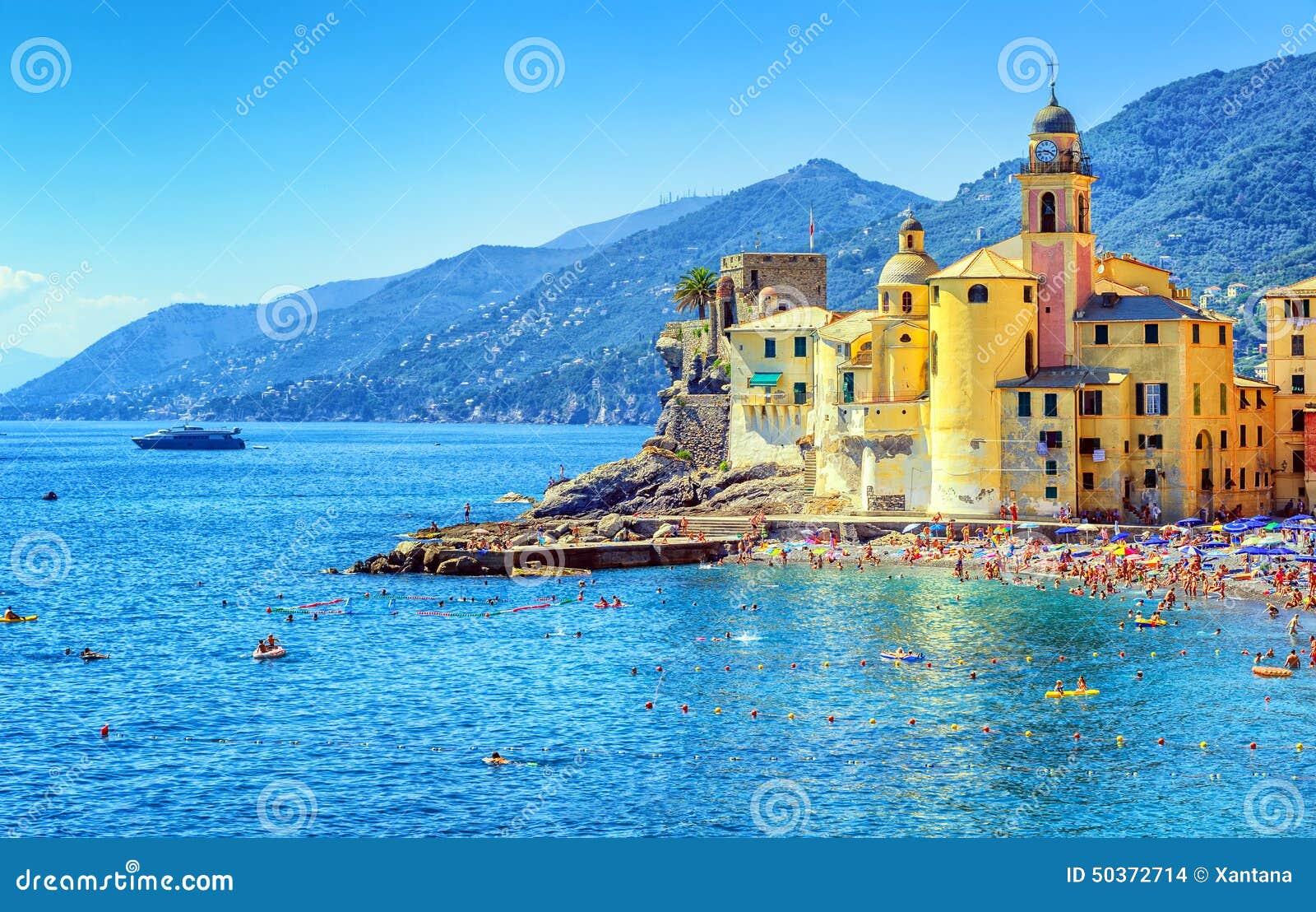 Italien Karta Genova.Camogli Nara Genova Italien Arkivfoto Bild Av Solsken Utomhus