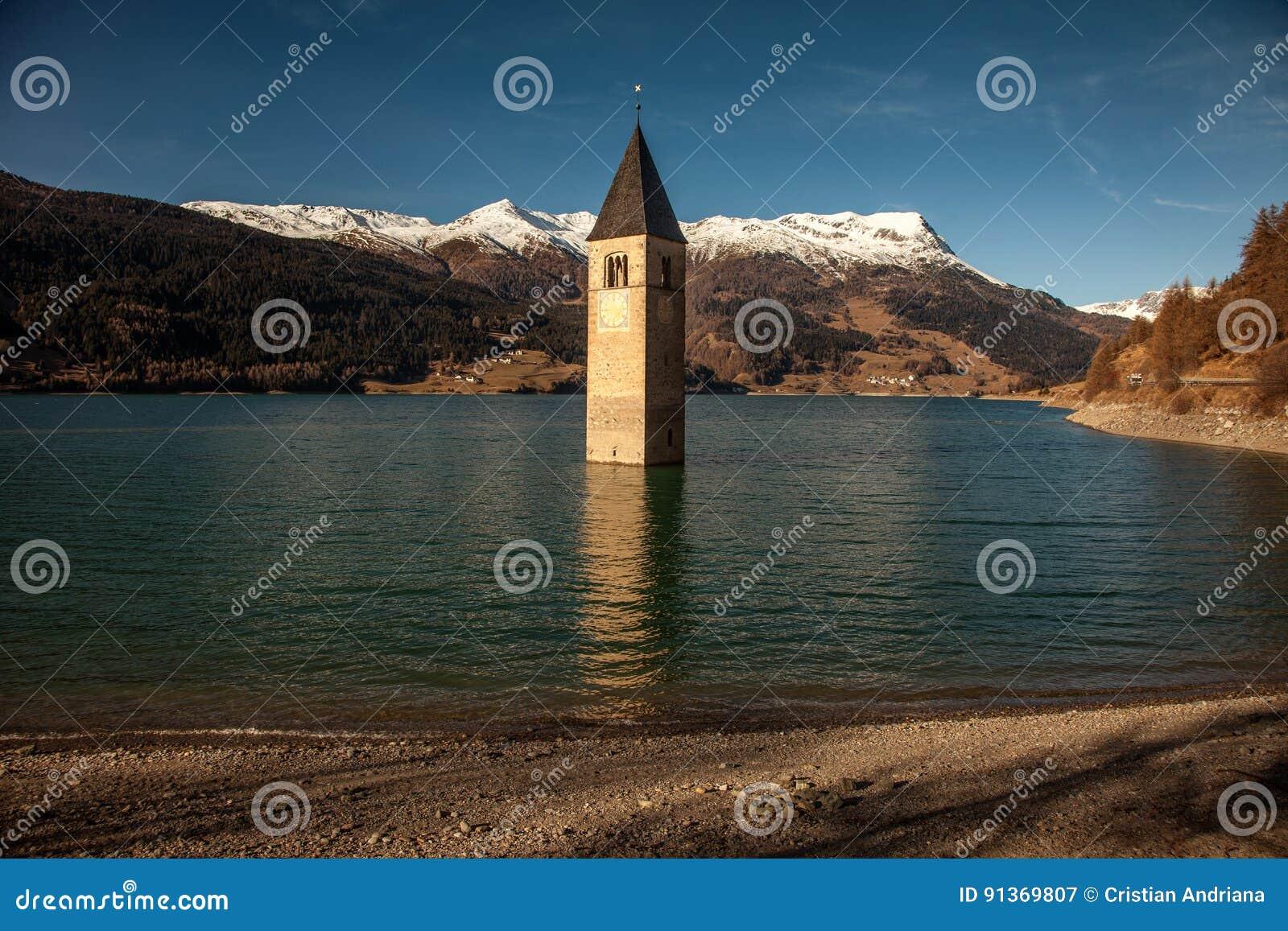 Campanile Di Curon Venosta, ή ο πύργος κουδουνιών ALT-Graun, Ιταλία