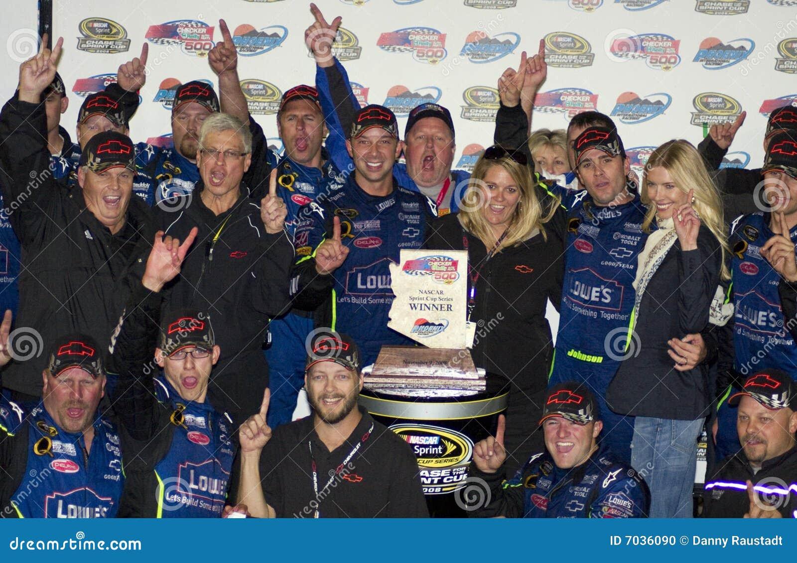 Campeão Jimmie Johnson do copo de NASCAR Sprint