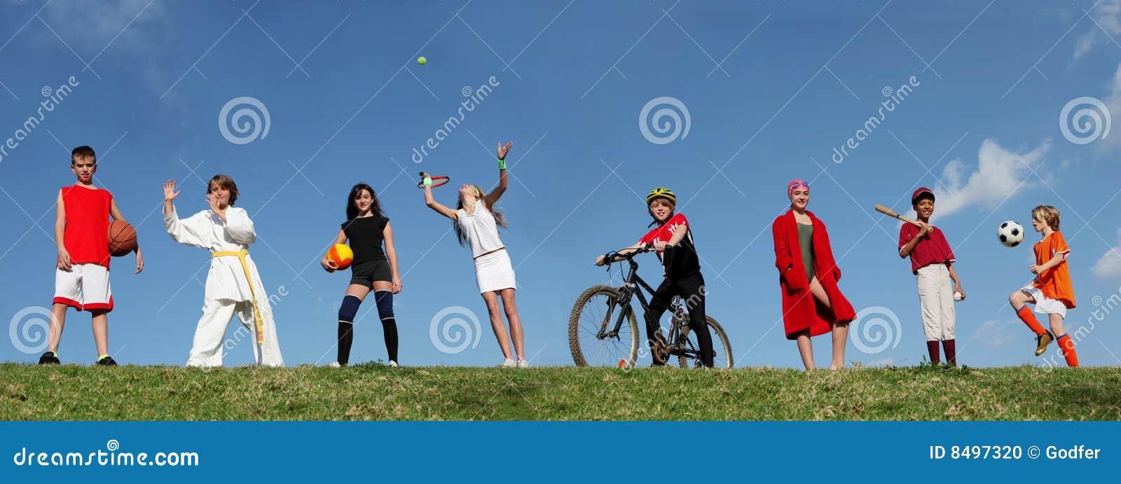 Campeggio estivo di sport dei bambini
