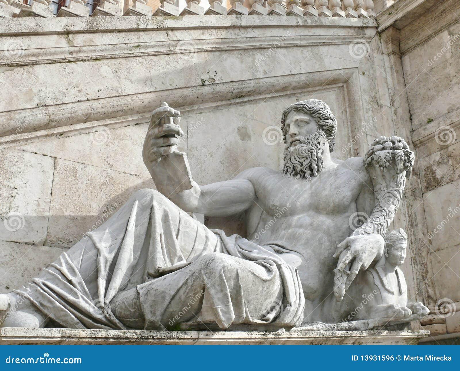 Campidoglio. Estatua antigua. Roma. Italia