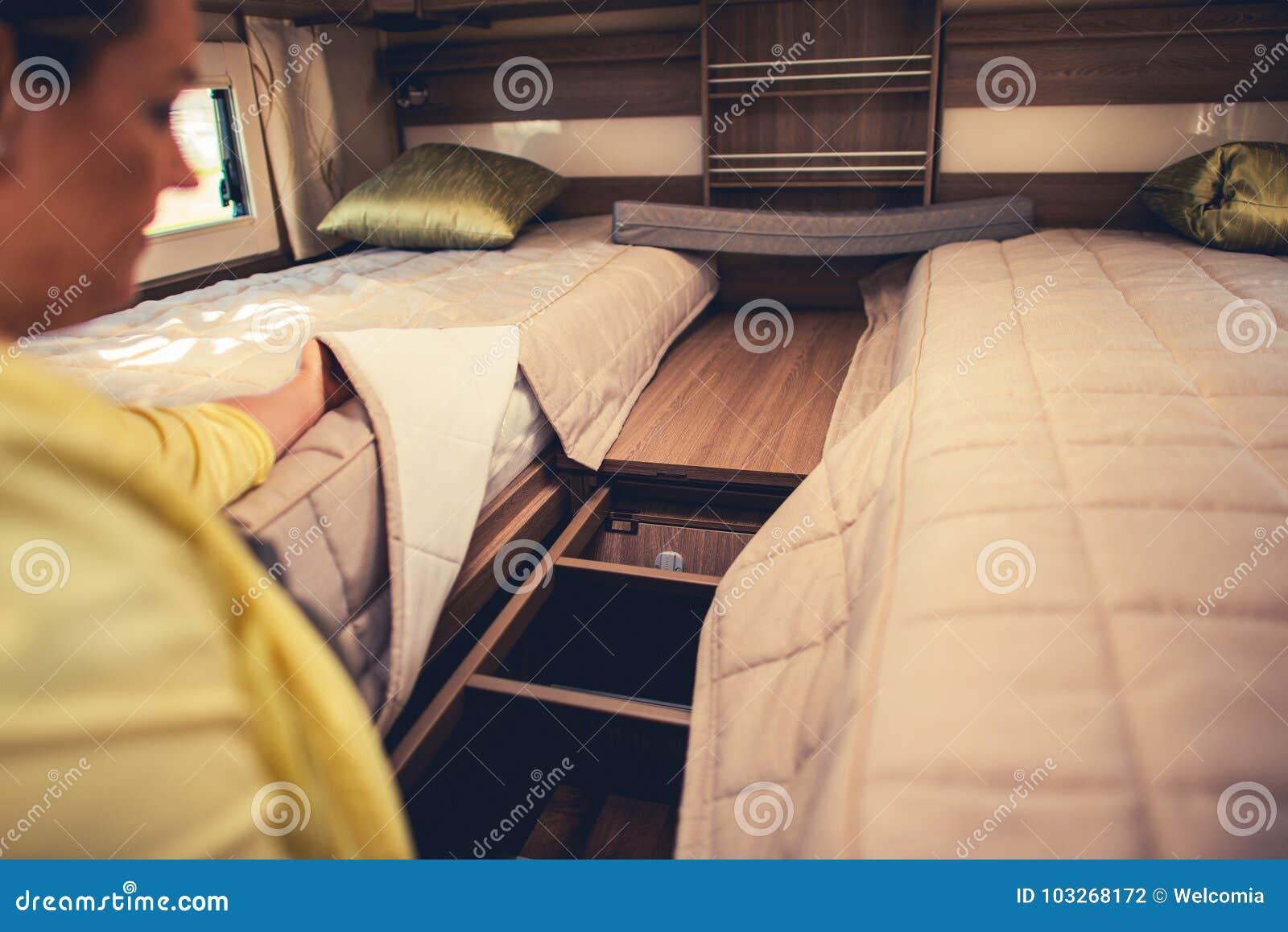 Campista Van Sleeping Beds