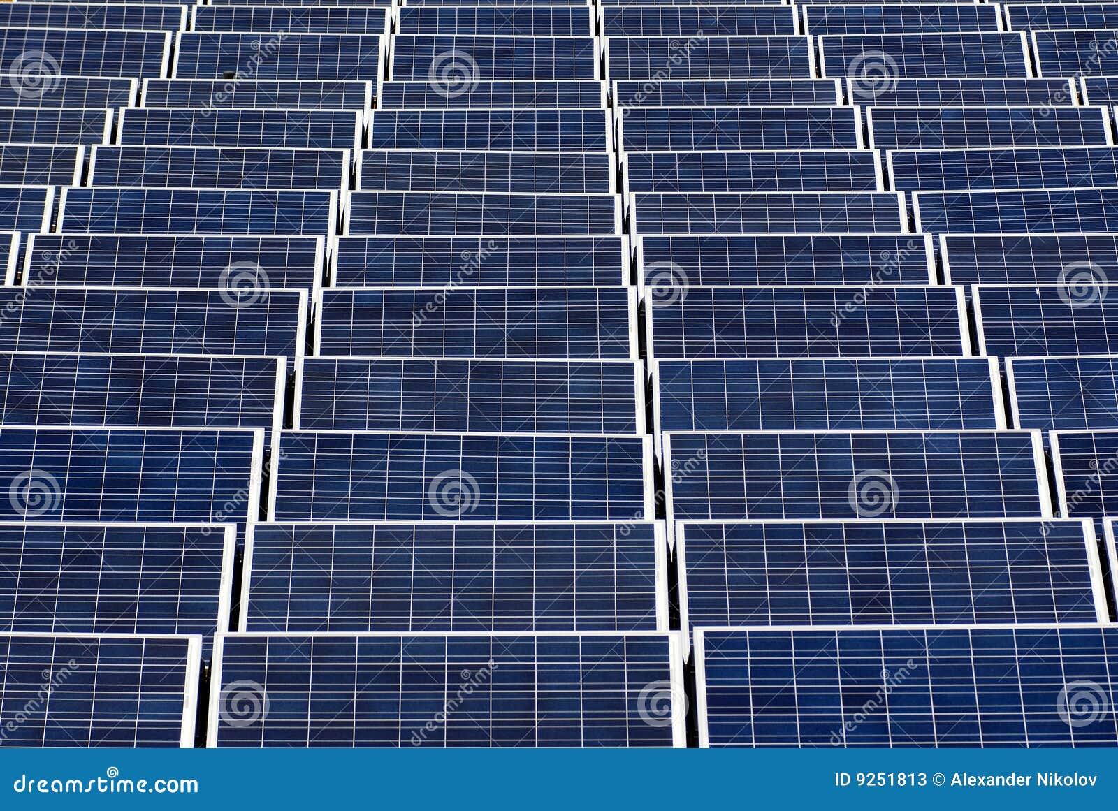 Campo de los paneles solares