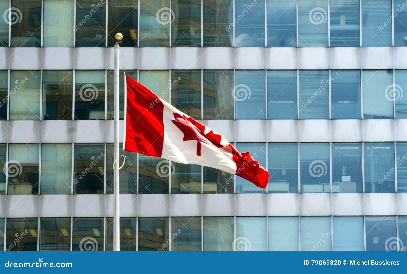 Canadese vlag in de wind