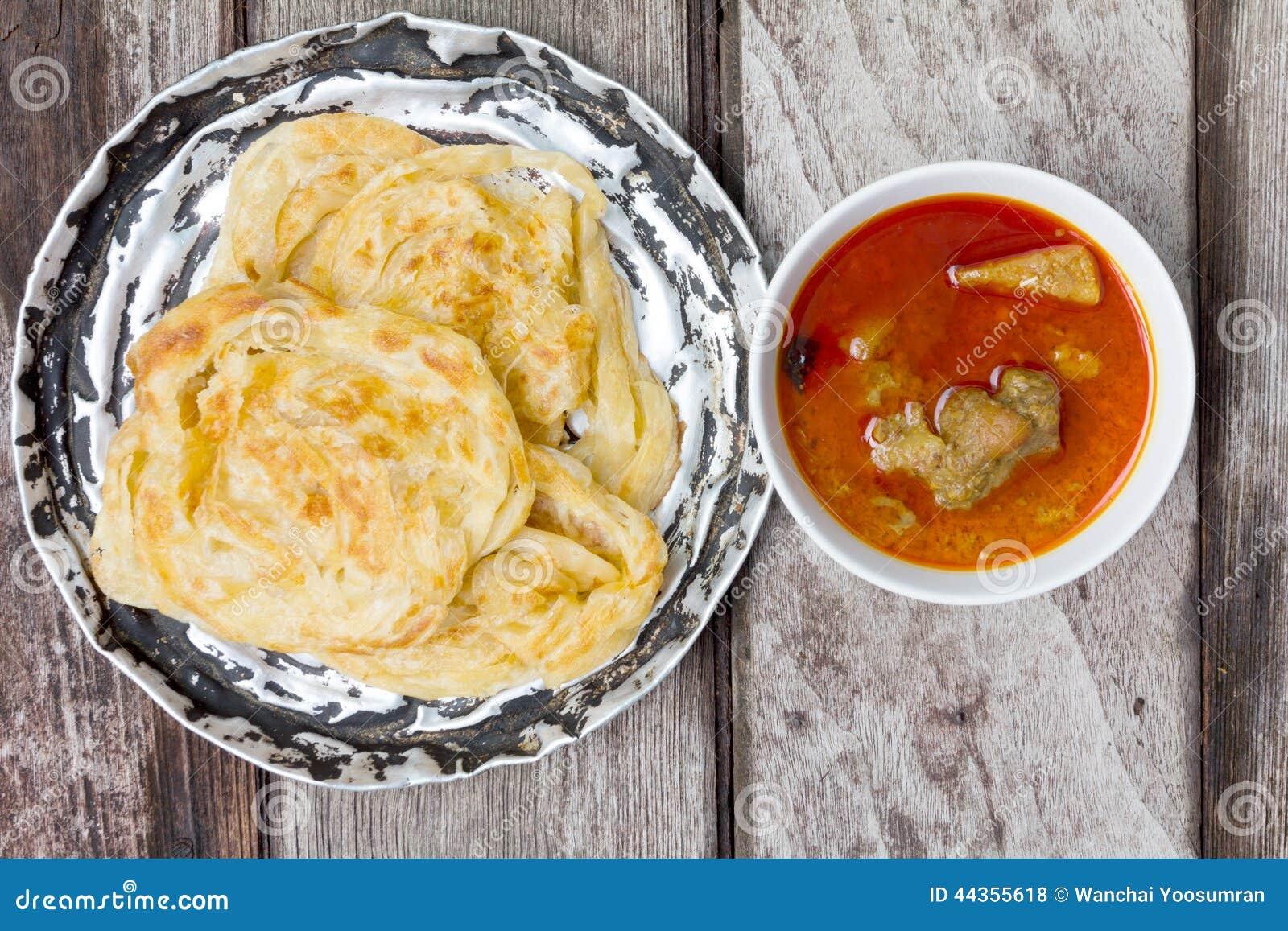 Canai di Roti con curry piccante
