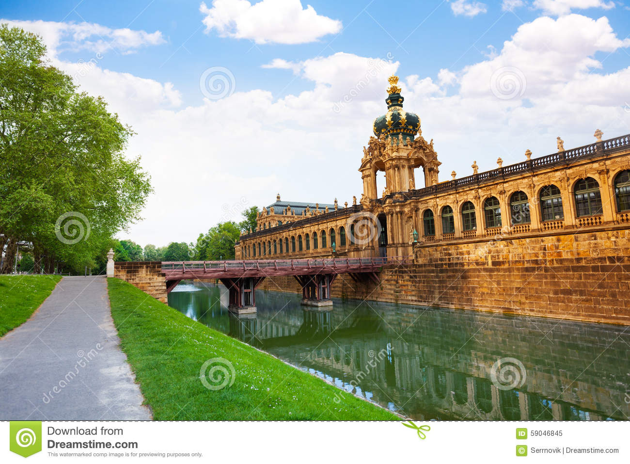 canap dresden Canal and Dresden art gallery building on summer day, eastern Germany,  Europe