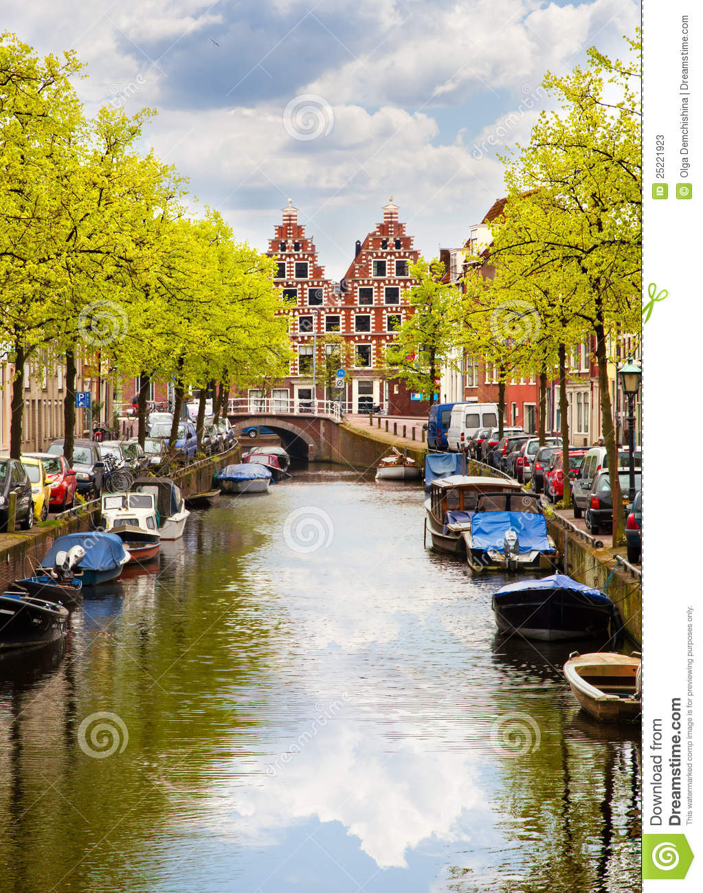 Canal Of Haarlem, Netherlands Stock Image - Image: 25221923