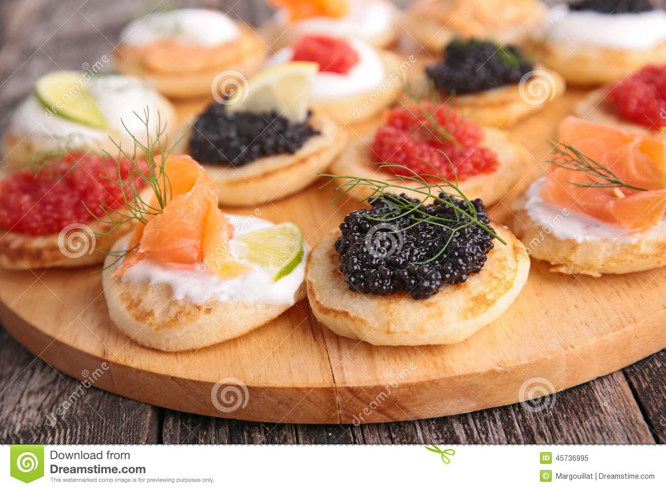 Finger food canape royalty free stock photography for Canape para navidad