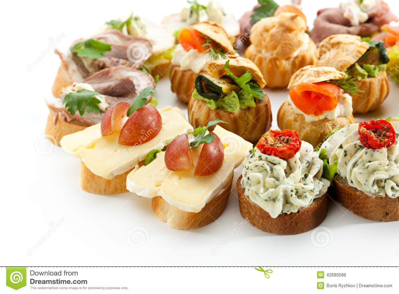 Canapes foto de stock imagem 42680586 for Canape garnishes