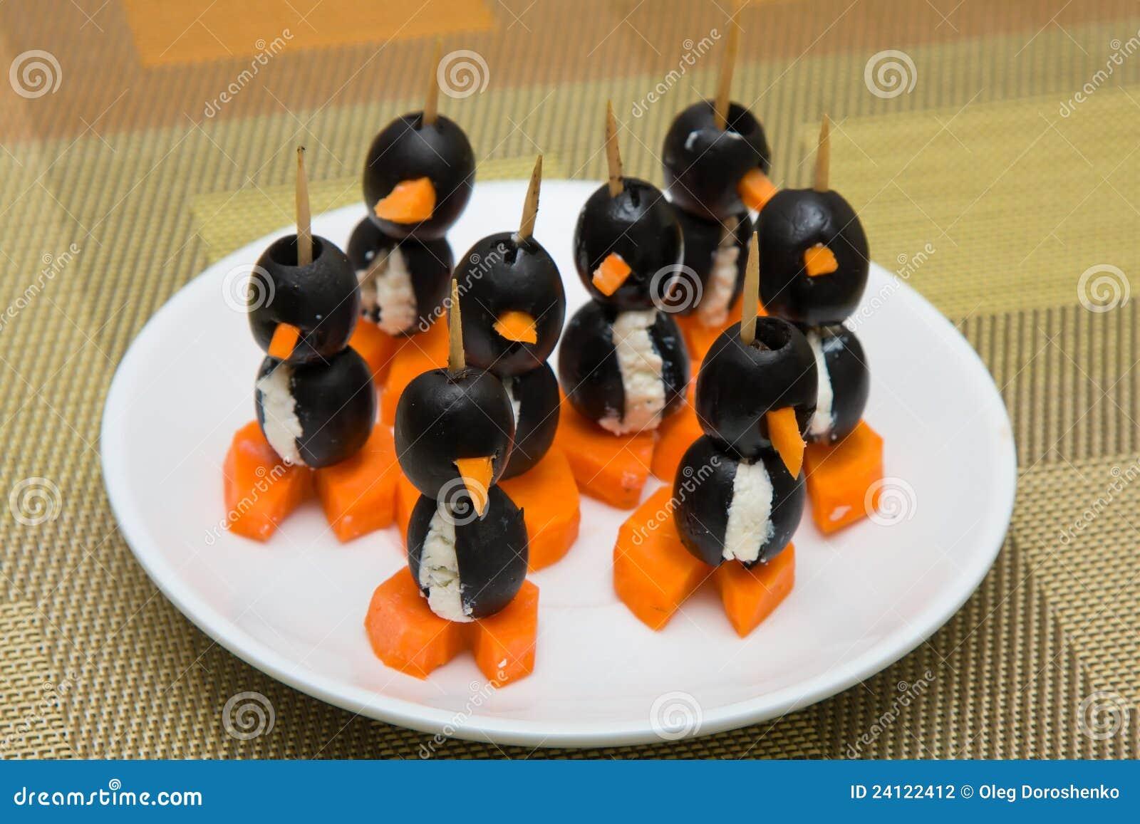 Canapes Bajo La Forma De Pingüino Foto de archivo - Imagen de muchos ...