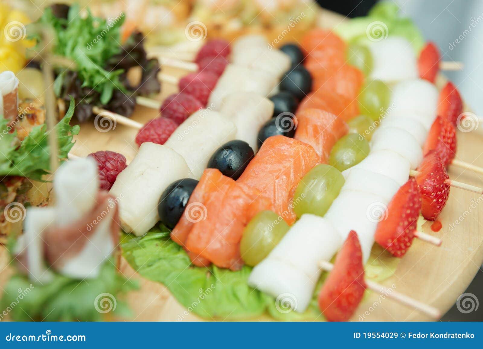 Canapes de color salmón, foco estrecho