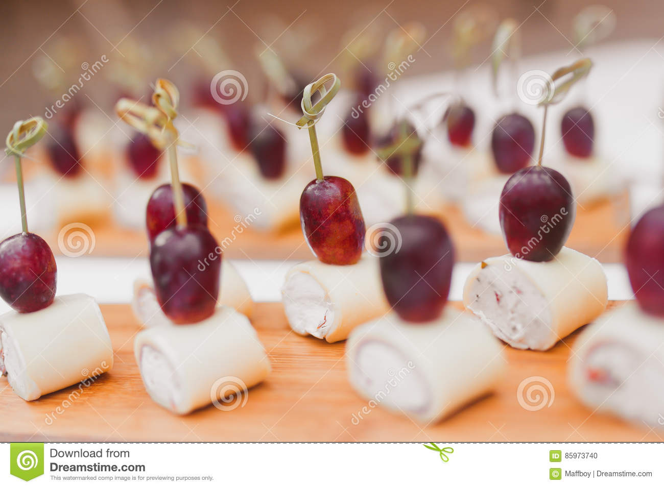 Canapes med ost