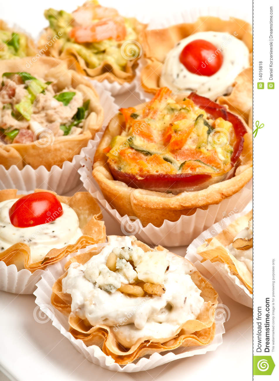 Canapes in a tray royalty free stock photos image 14016818 for Puff pastry canape