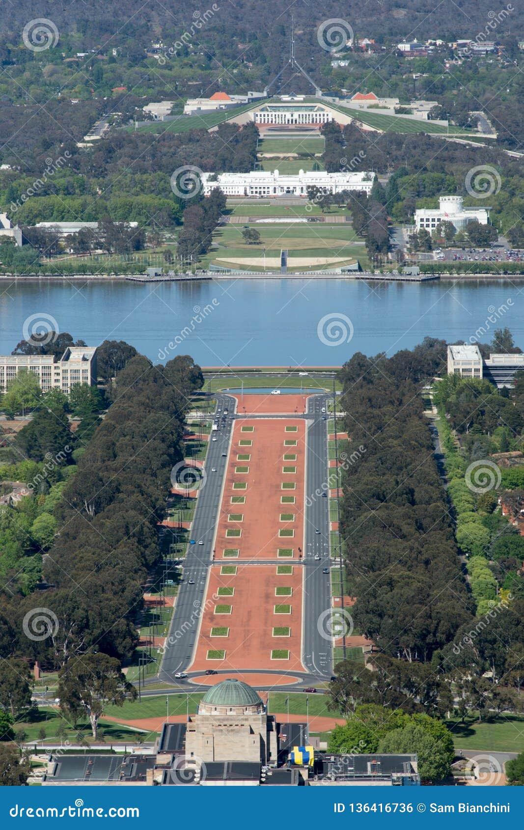 Canberra, Australië - Oktober dertiende 2013: Weergeven van Canberra van MT Ainslie Lookout