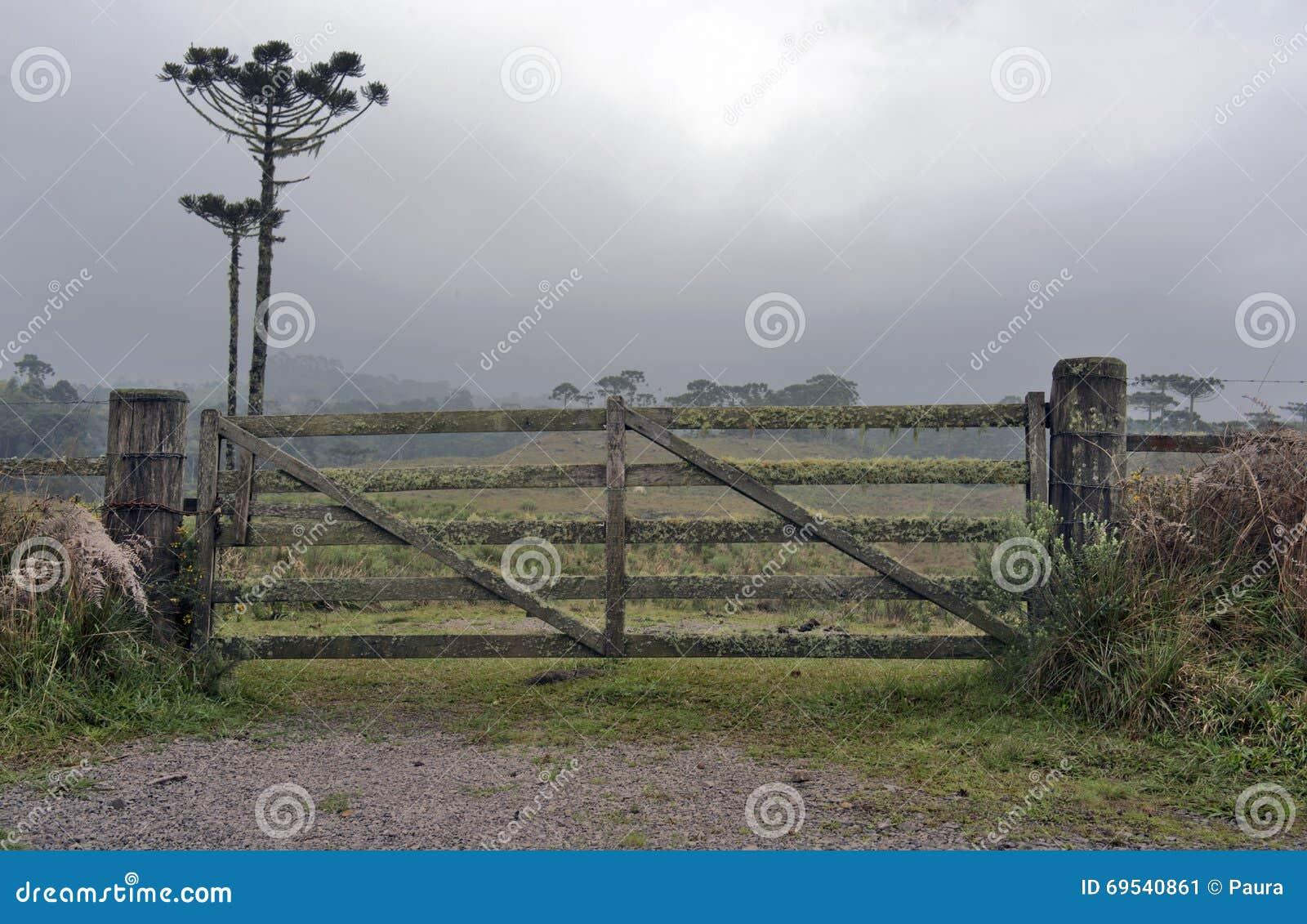 Cancello rurale