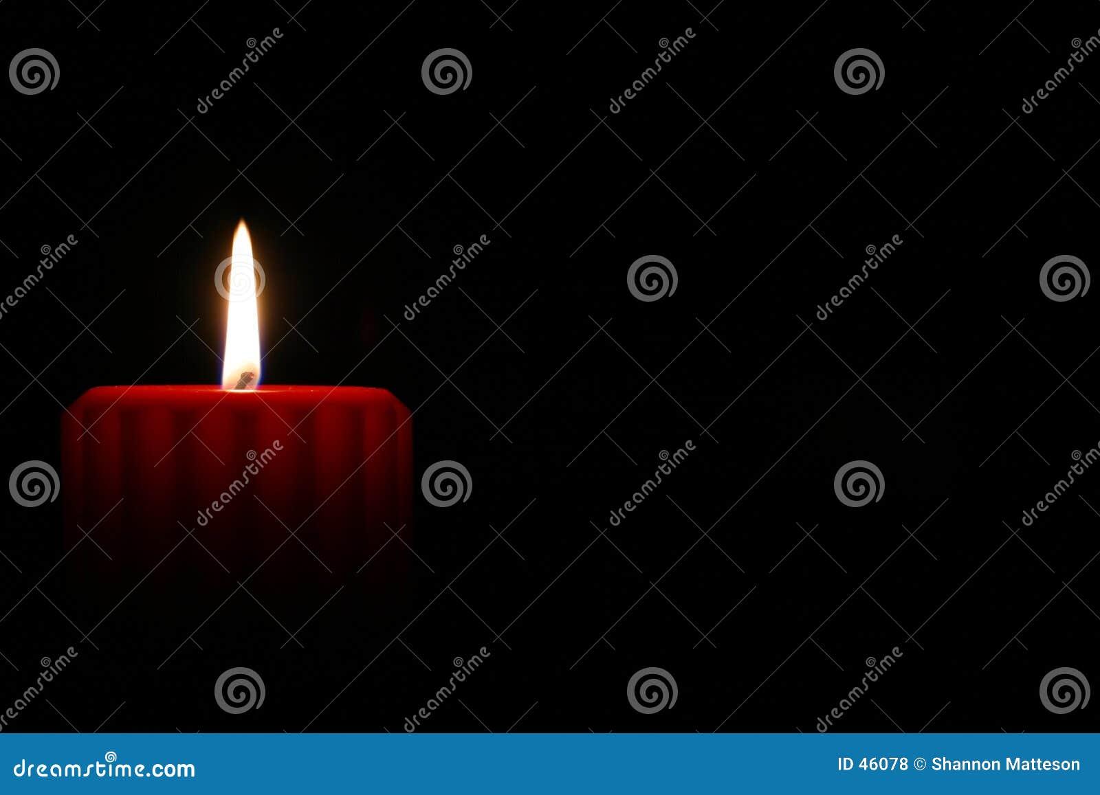 Download Candela rossa 2 fotografia stock. Immagine di amore, pace - 46078