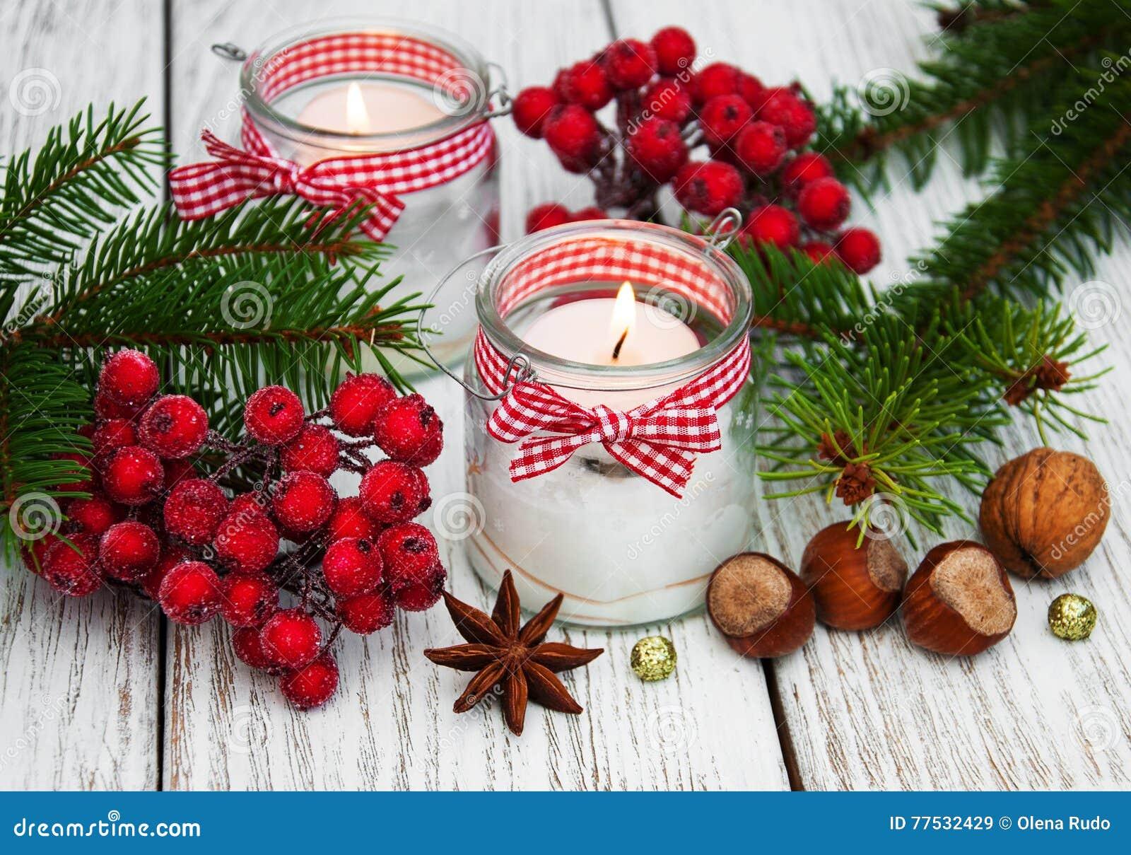 Candele delle decorazioni di natale in barattoli di vetro - Decorare candele per natale ...