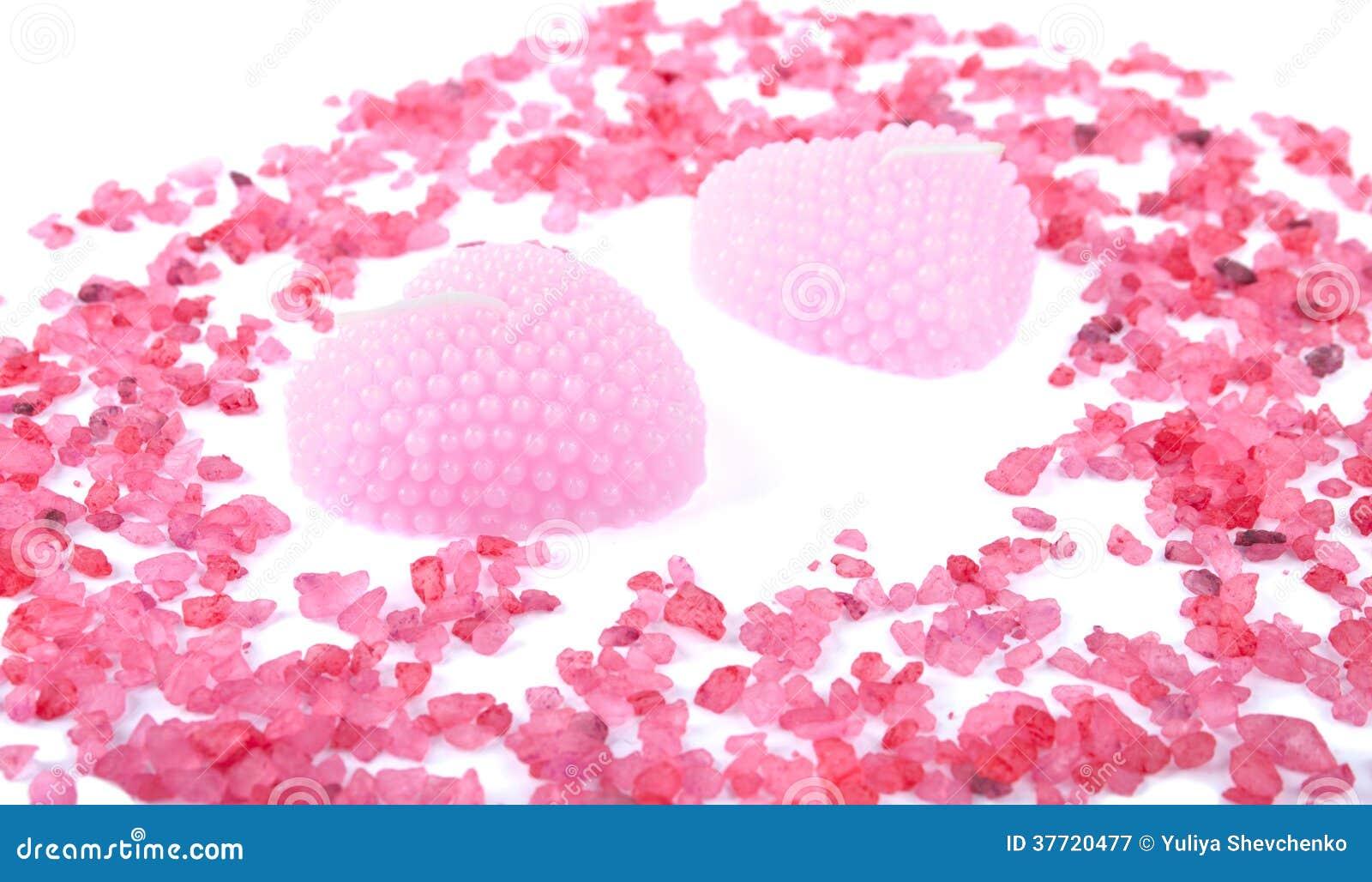 Candele rosa dell 39 aroma decorate con sale da bagno - Candele da bagno ...