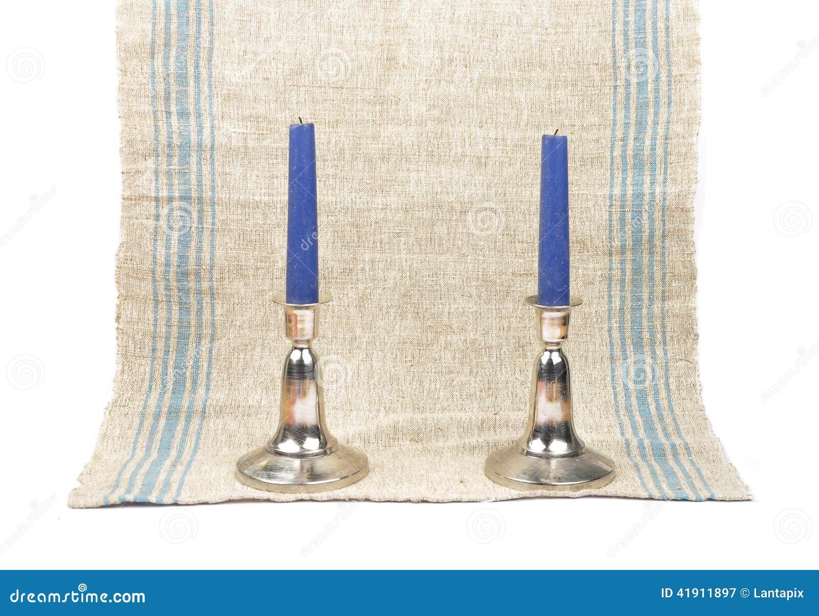 Candelero en el lino