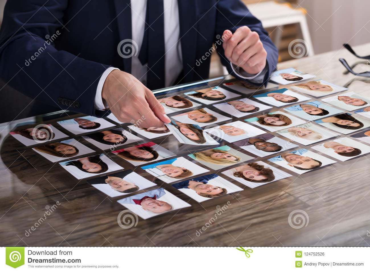 Candidato de Choosing Photograph Of del empresario