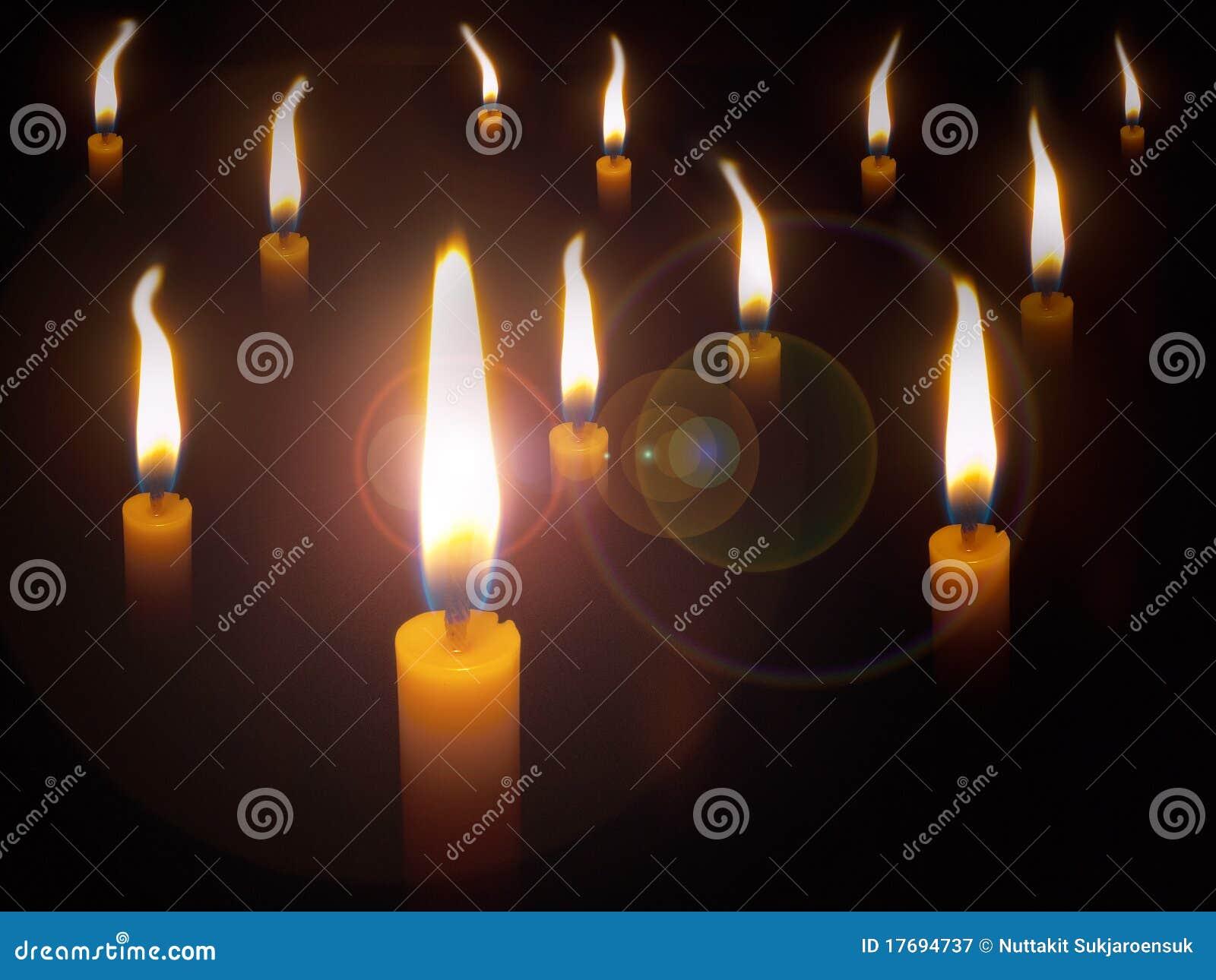 Candle dużo żółtych