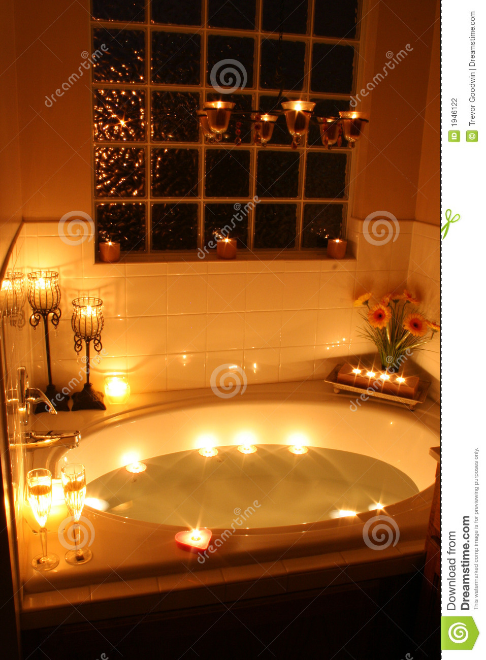 candlelight bath stock photography image 1946122. Black Bedroom Furniture Sets. Home Design Ideas