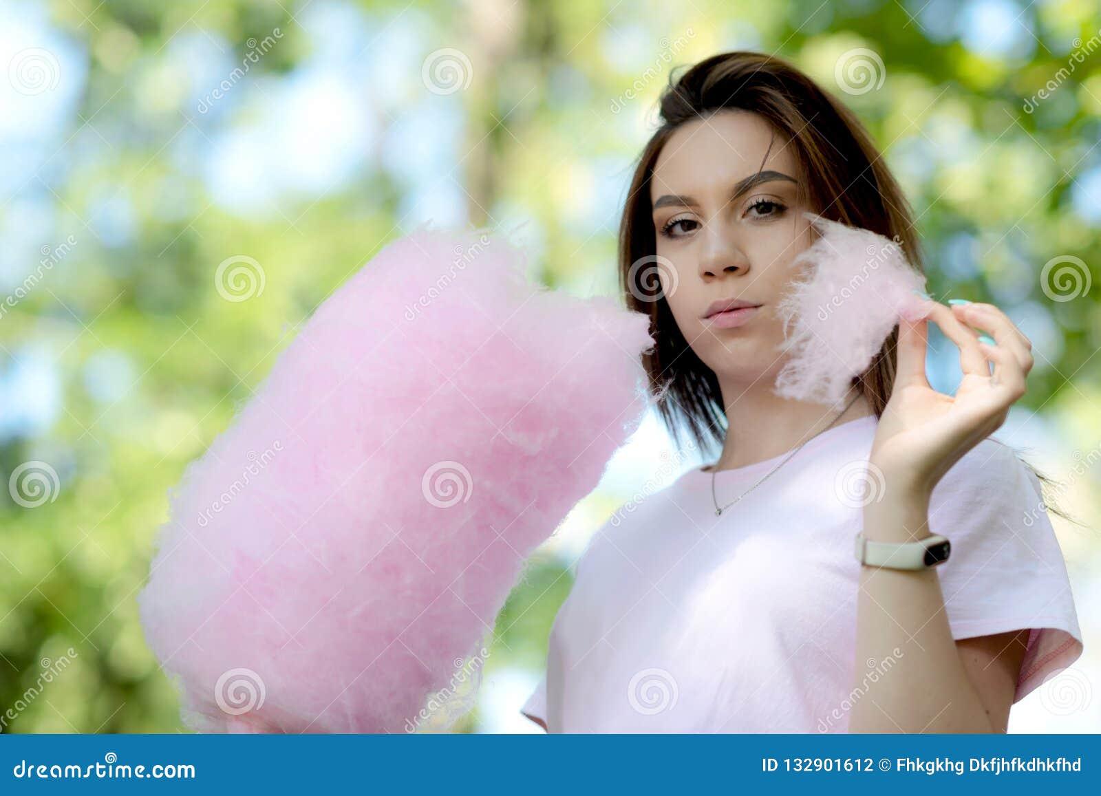 Candy jedząc dziewczyny young bawełny