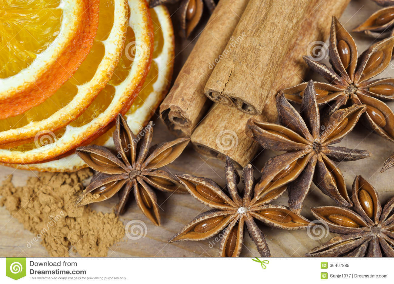 Canela, anís y naranja secada