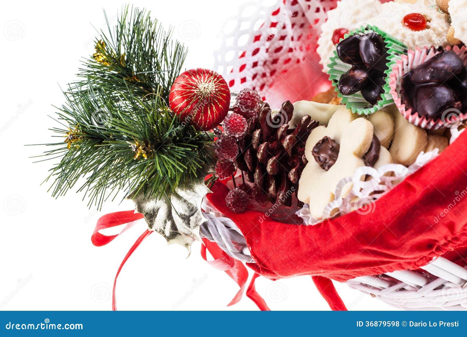 Download Canestro di Natale fotografia stock. Immagine di full - 36879598