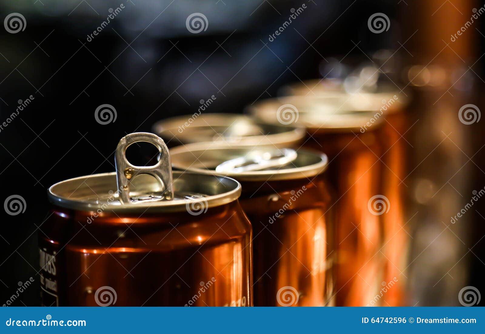 Canettes de bière de racine