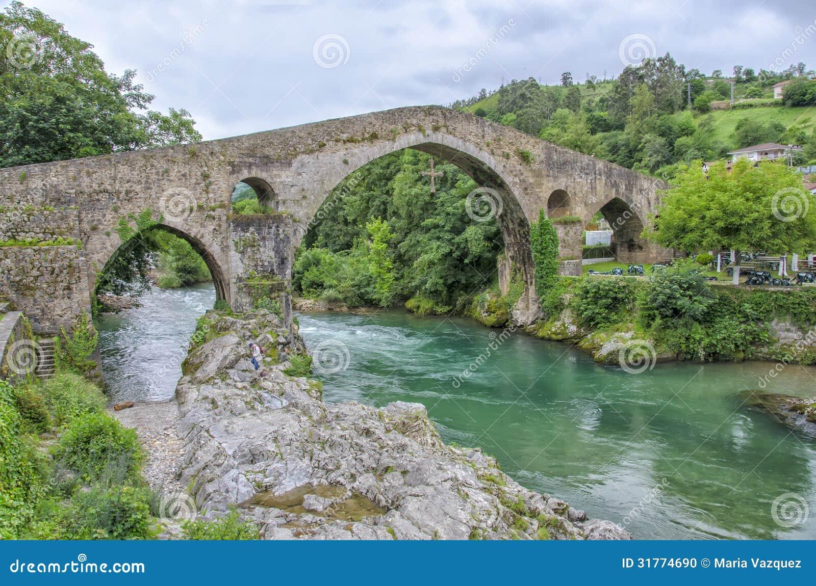 Cangas Spain  city images : Bridge in Cangas de Onis, Spain.
