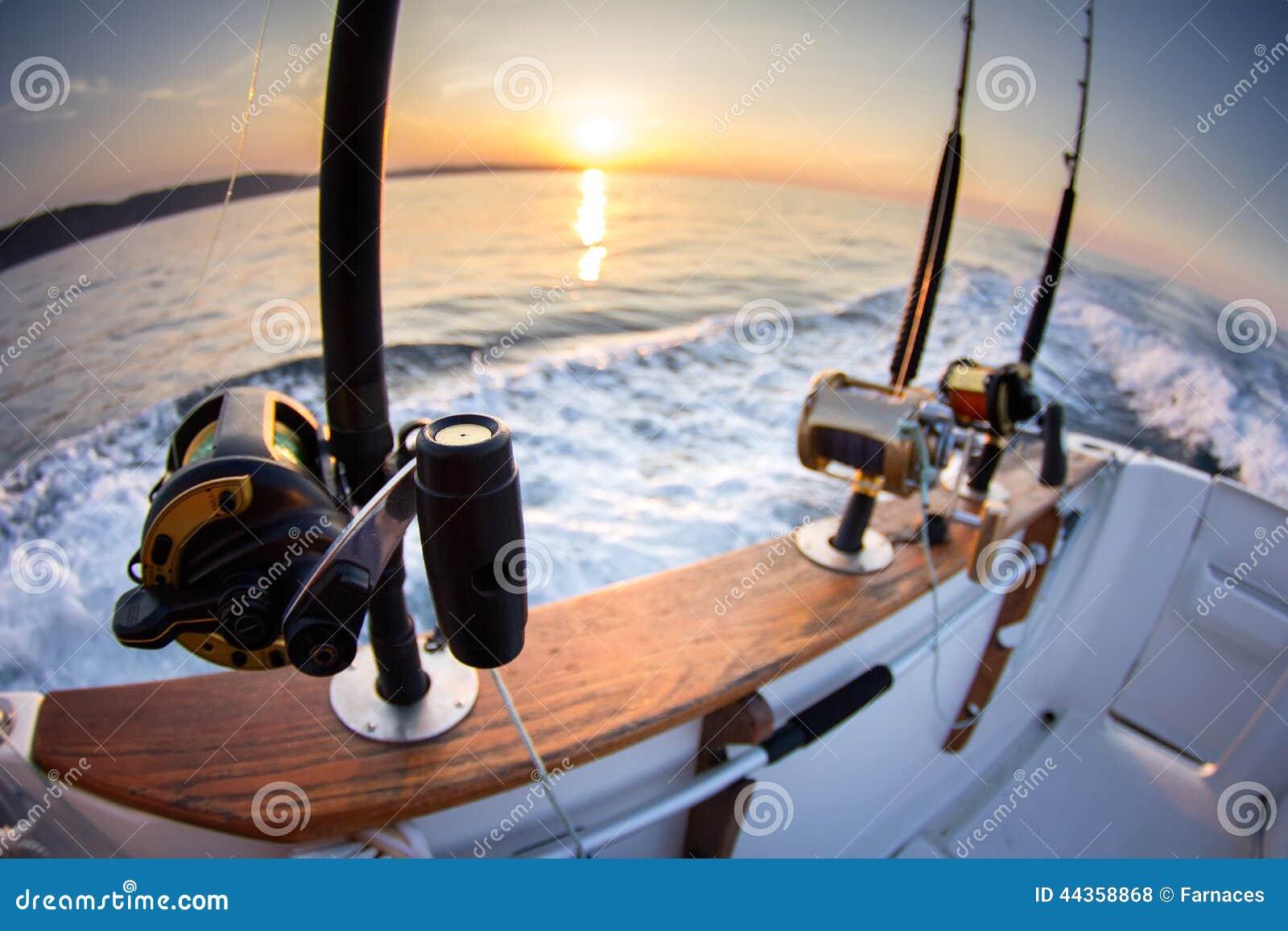 Canne da pesca della barca