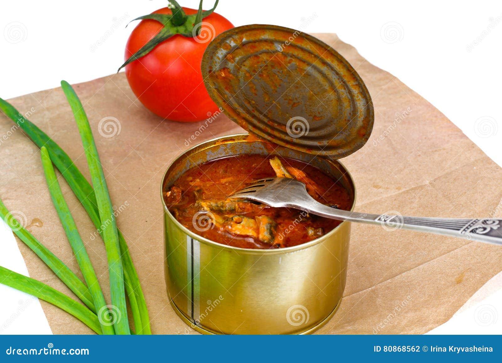 Fish sprat soup in tomato sauce: a recipe 83
