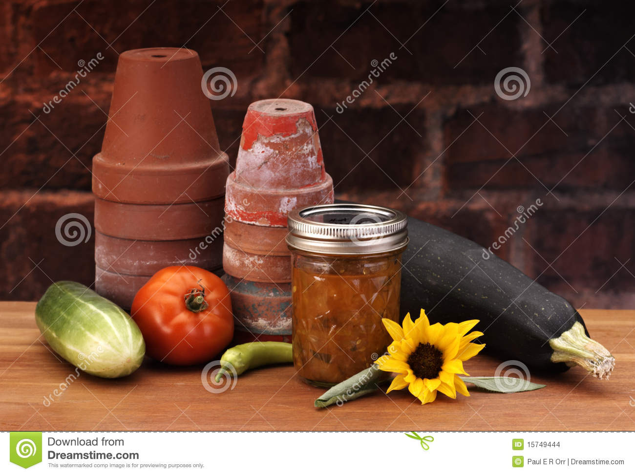 Canned relish