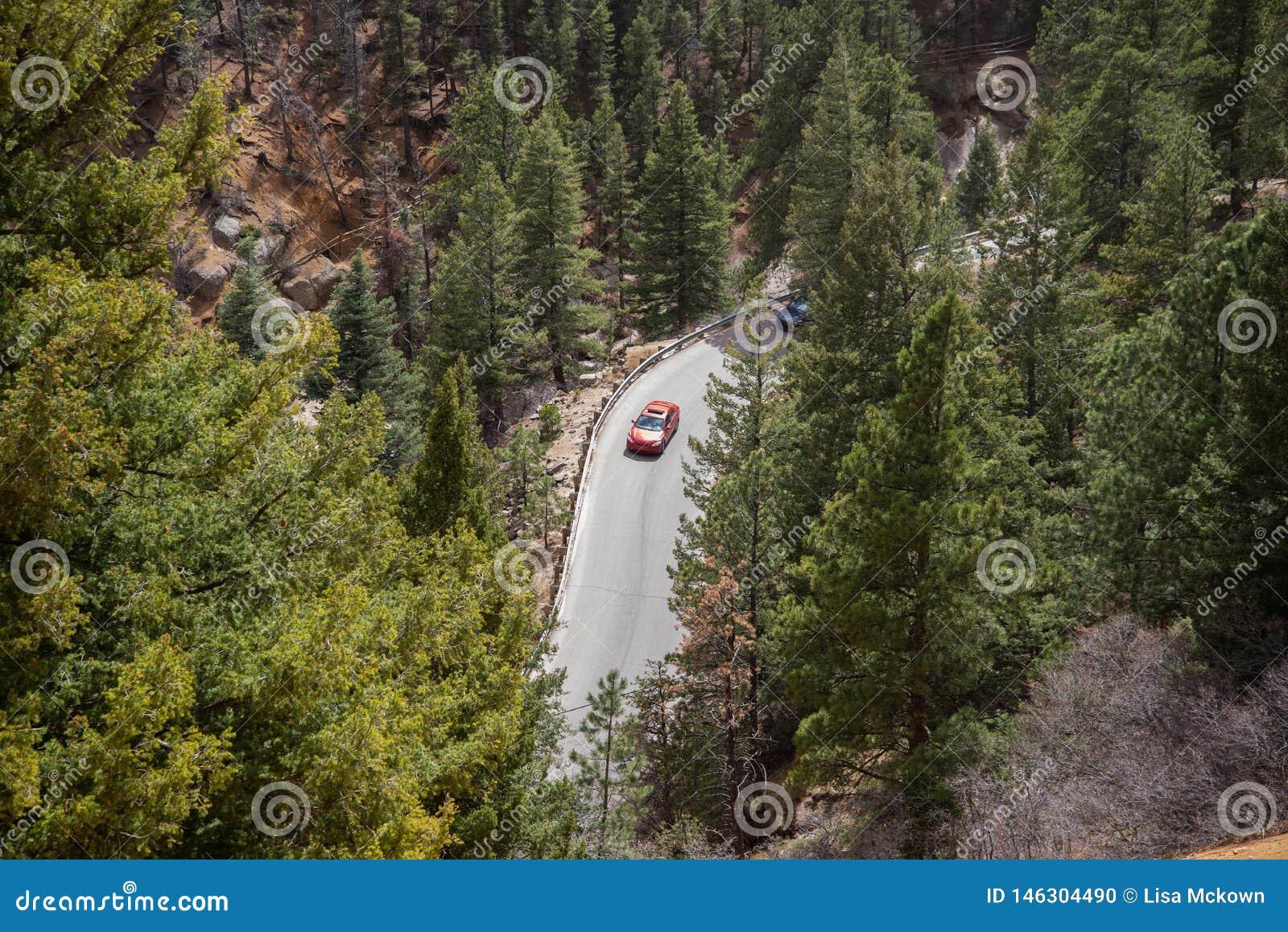 Canon del norte Colorado Springs del barranco de Cheyenne
