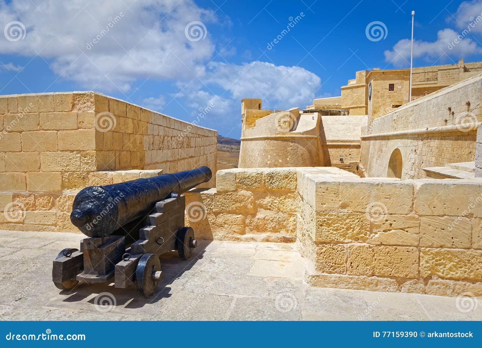 Canon indiquant la citadelle, Gozo