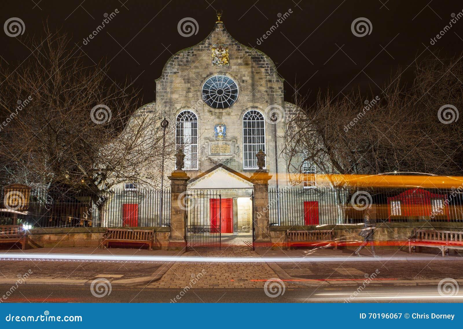 Canongate Kirk i Edinburg