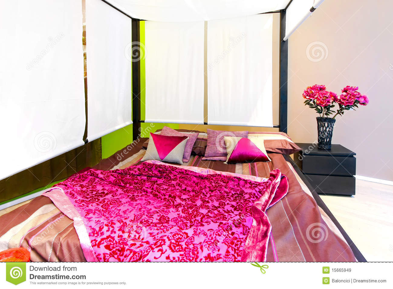 canopy double bed royalty free stock images image 15665949