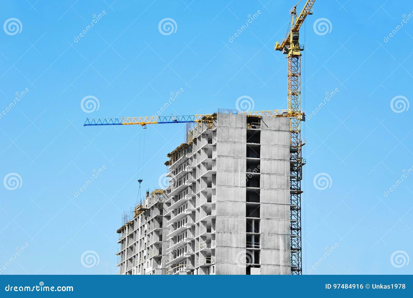 Cantiere del highrise e della gru