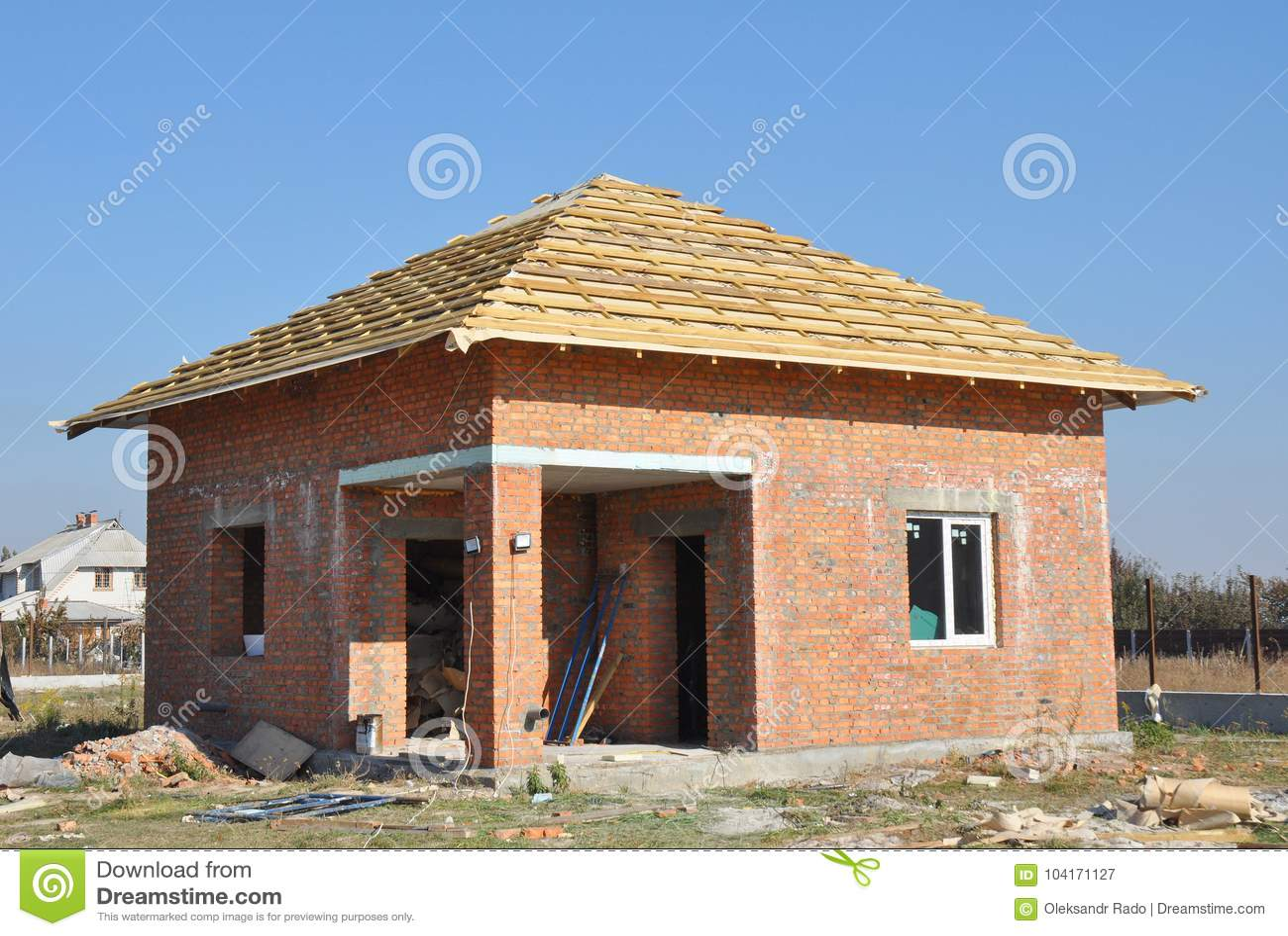 Case Di Legno E Mattoni : Cantiere della casa con mattoni a vista costruzione del tetto