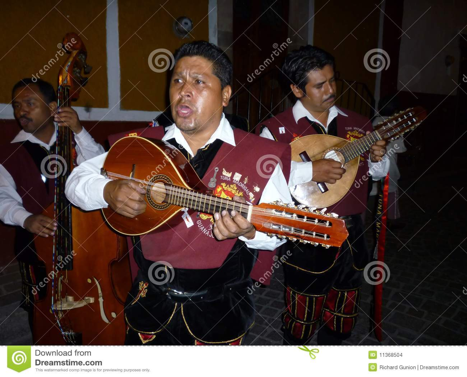 Cantores Callejonadas-Mexicanos da rua
