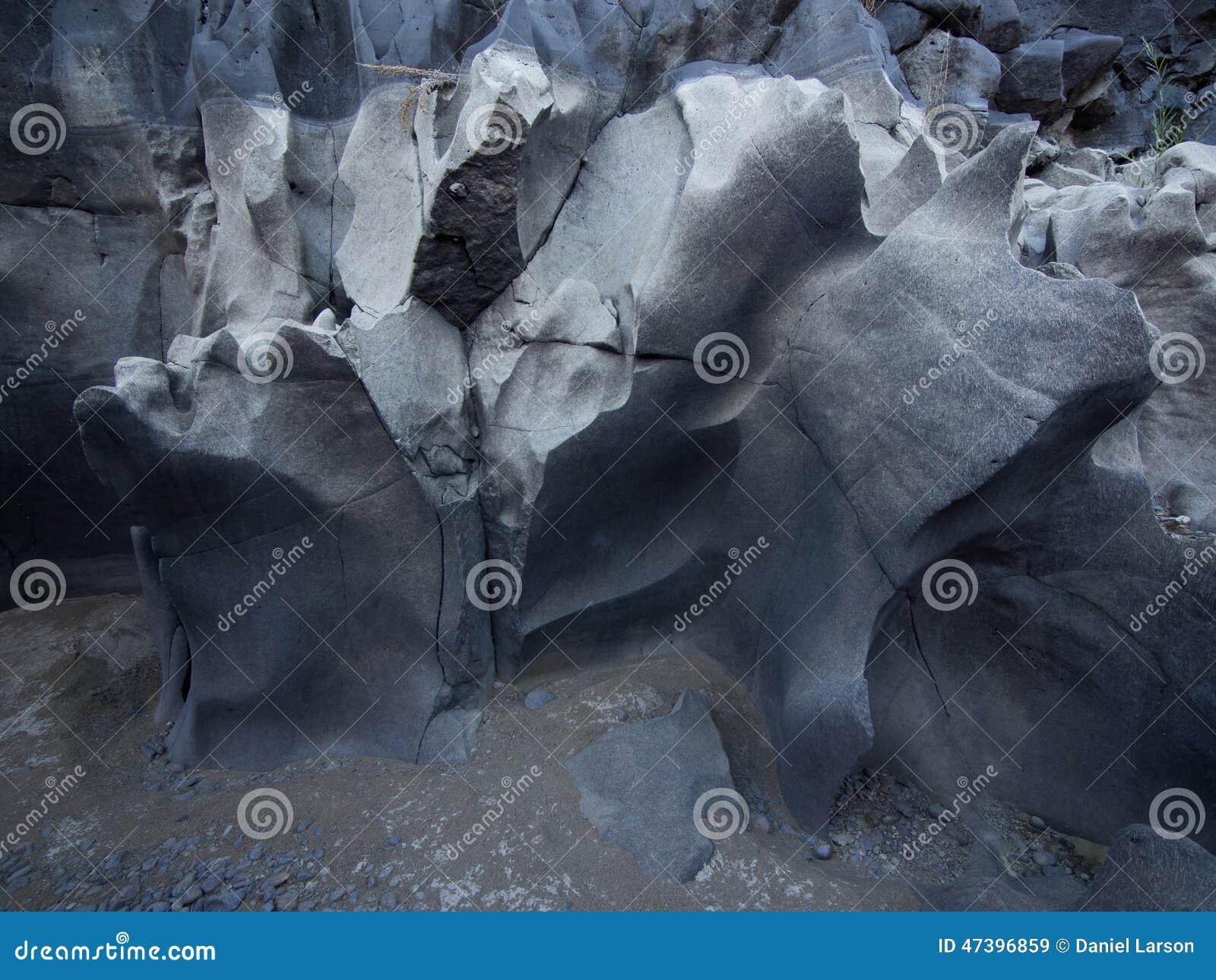 Canyon de magie noire