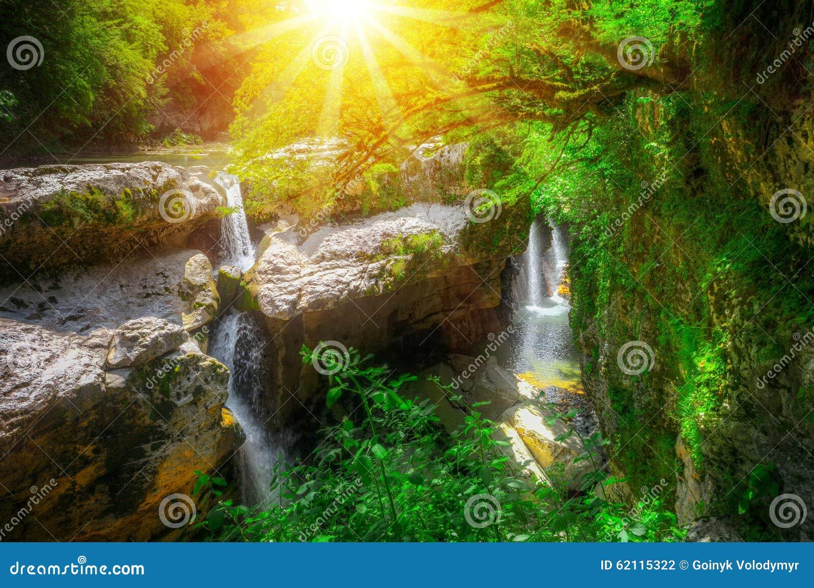 Canyon de Martvili en Géorgie
