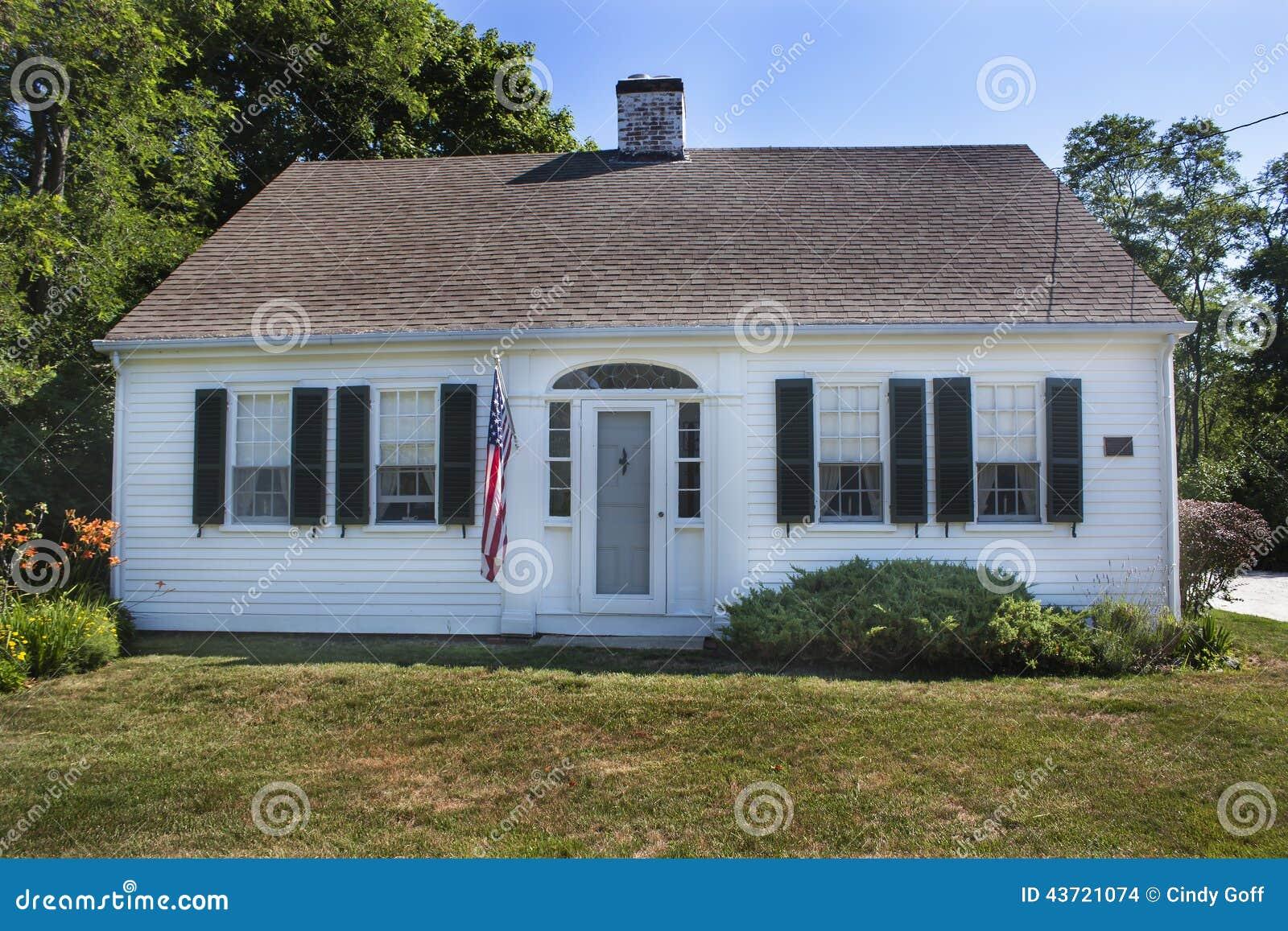 Cape Cod House Stock Photo Image 43721074