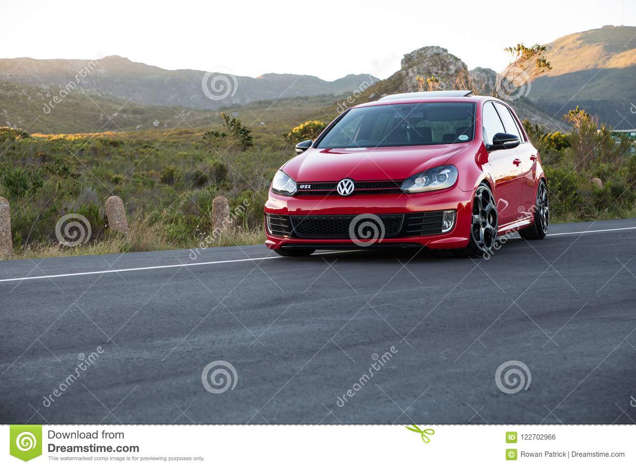 Red VW Golf 6 Gti