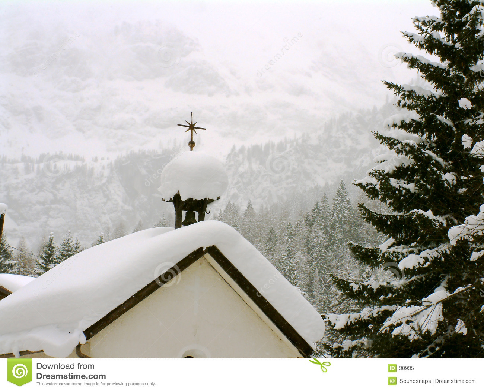 Capela austríaca na neve