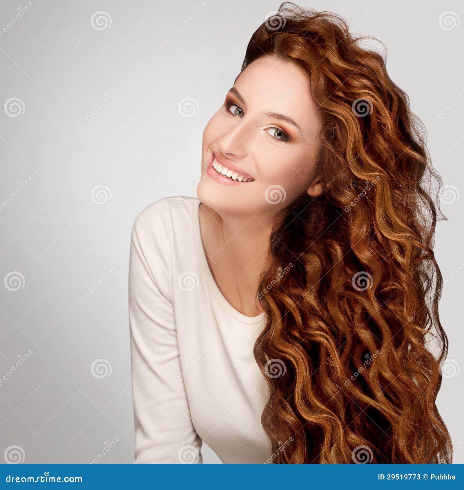 Foto di donne con capelli ricci