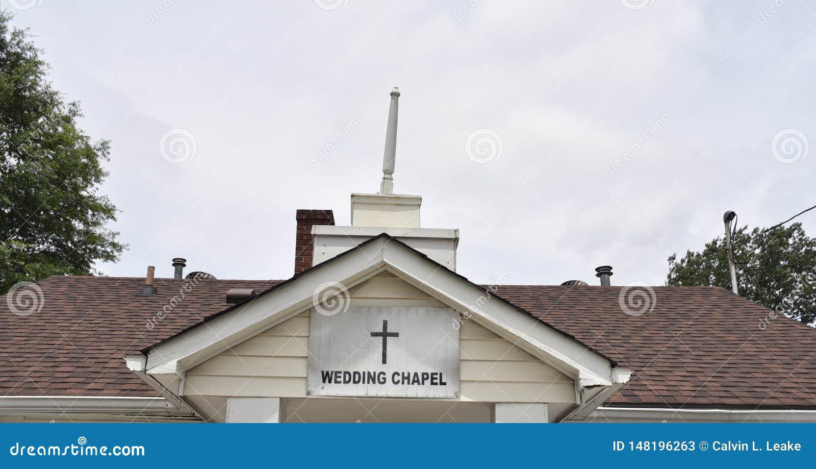 Capilla de la boda para las ceremonias de matrimonio granangulares