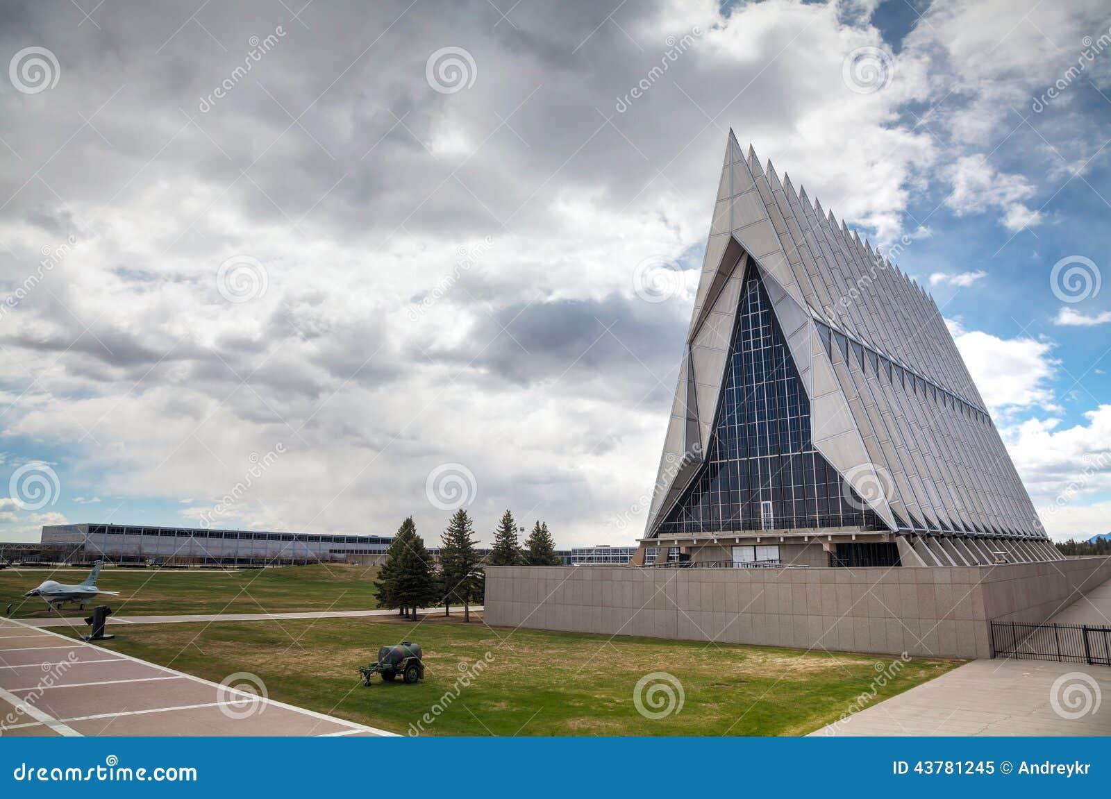 Capilla Del Cadete De La Academia De Fuerza Aérea De Estados Unidos ...