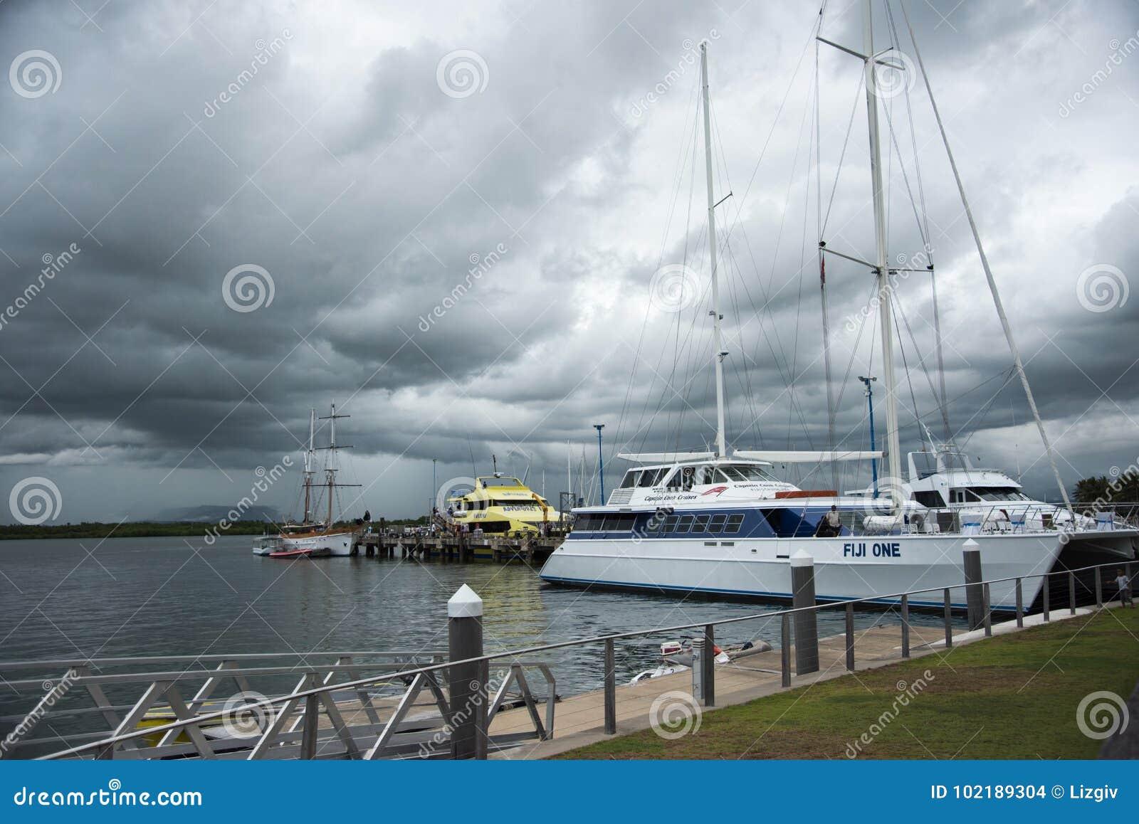 Capitán Cook Cruises Fiji